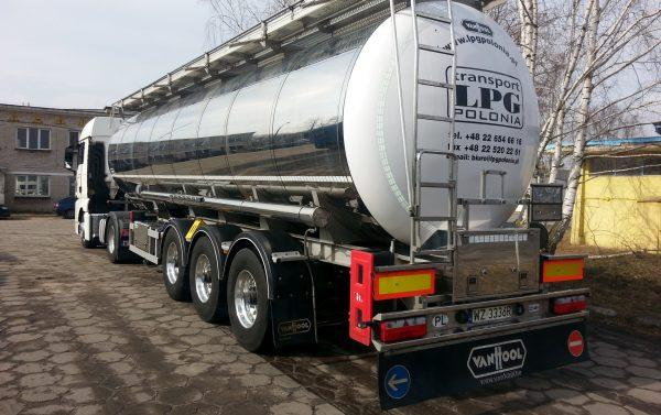 Transport cysternowy chemii płynnej